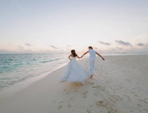 Plan Your Destination Elopement to Maui