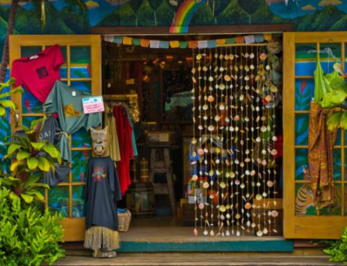 Where to Buy Local Art and Souvenirs on Maui
